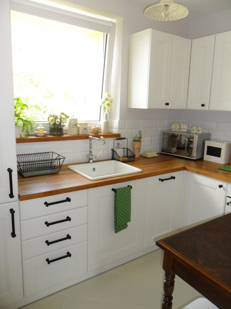 Moja malutka kuchnia i łazienka.