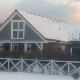 Nasz domek pod śnieżną kołderką