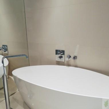Błękitna łazienka na piętrze