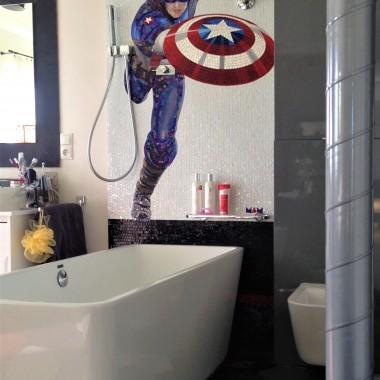 Panel prysznicowy z mozaiki.