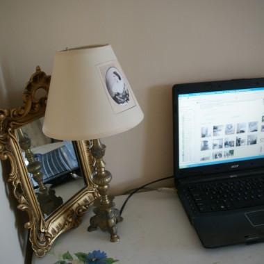 lampka zrobiona ze swiecznika....na abazur dałam wydrukowany obrazek a potem polakierowałam ....fajna zabawa