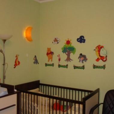 Malowanie w pokoju Lola...