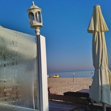 ................i październikowa plaża.............