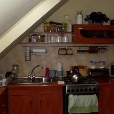 moja kuchenka blaty do wymiany barek do przebudowy:)