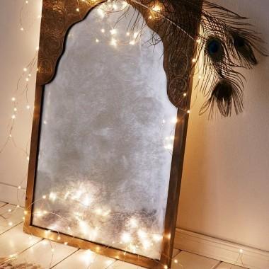 Kropelki światła doskonale sprawdzą się też w sypialni i garderobie