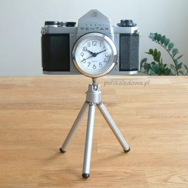 Zegar na statywie z aparatu fotograficznego Pentax