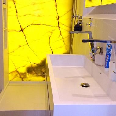 Umywalki podwójne z Corianu - wyposażenie nowoczesnych łazienek