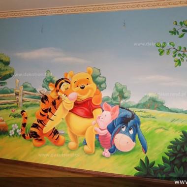 artystyczne malowanie ścian, malowidła ścienne, malunki na ścianie, pokój dziecięcy, pokój dla dziecka, pokój dla dziewczynki, pokój dla chłopca, pokój dla dziewczynki, dekoracja ścian, Kubuś Puchatek