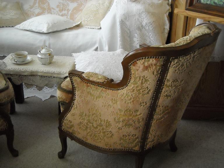 Pozostałe, Jak zmieniało się moje mieszkanie.................. - ..............i bardzo wygodne fotele ................