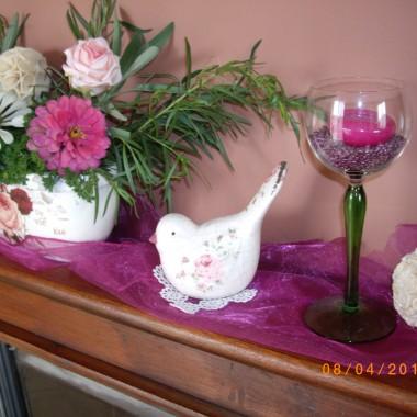 Amarantowy salon