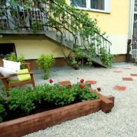 Jak stworzyć ciekawy ogród na małej przestrzeni?