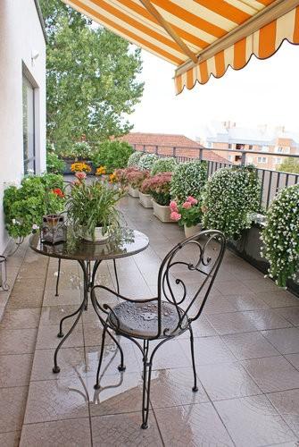 Balkon, Meble balkonowe - stalowe