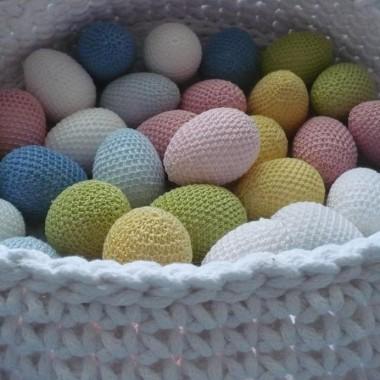 .................i pastelowe jajeczka ................w koszu..................