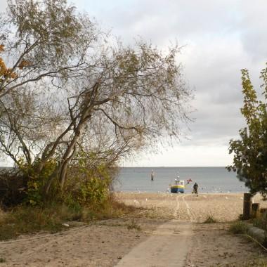 ....................i kuter...............na plaży................