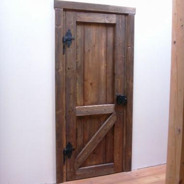 Drzwi w stylu rustylaknym