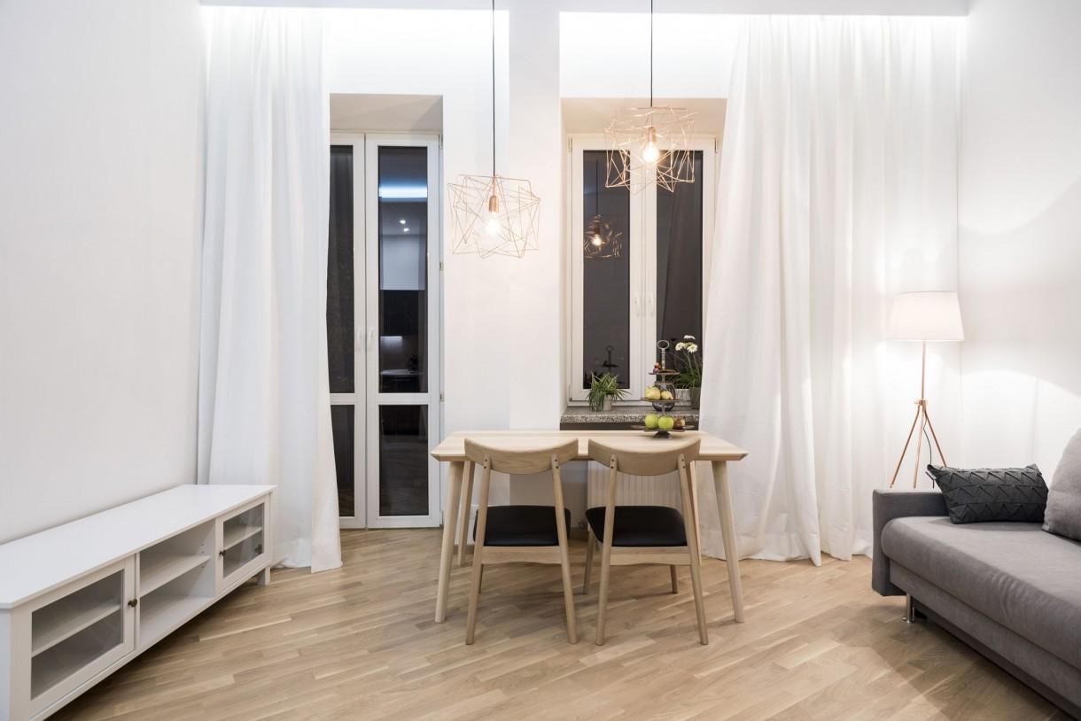 Salon, Salon z aneksem - Początkowo myślałam o stylu loftowym, ale jakoś sama siebie nie mogłam przekonać do tego pomysłu. Gdy zaczynałam remont nie miałam żadnej wizji tego mieszkania.