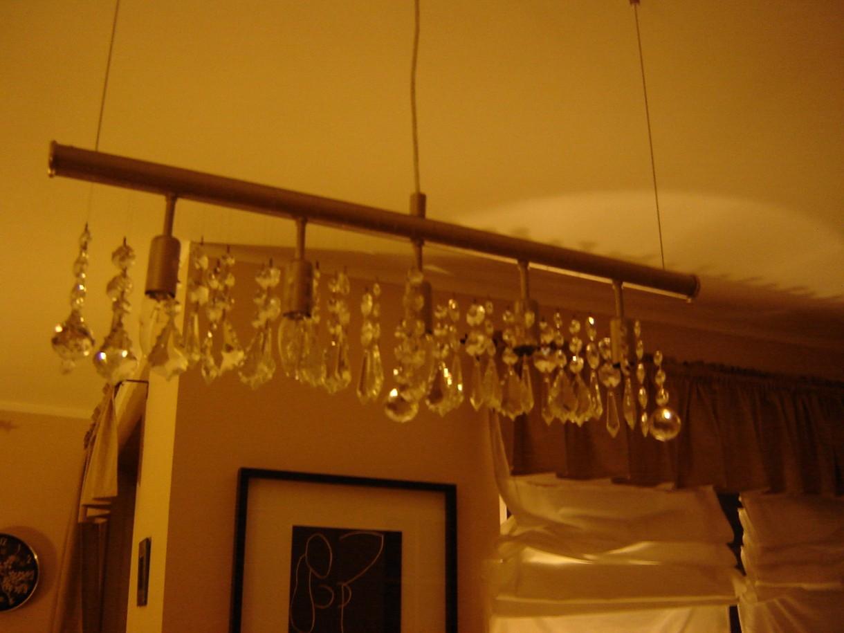 Salon, randka z shabby chic :) - prawie nie uzywana...nie lubie gornego oswietlenia...