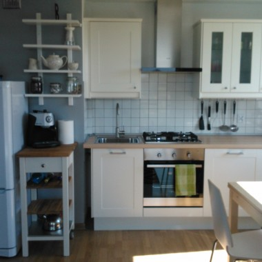 Salon z aneksem kuchennym, sypialnia