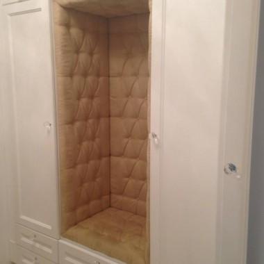 Tapicerowane wnętrze szafy www.dfd.sklep.pl
