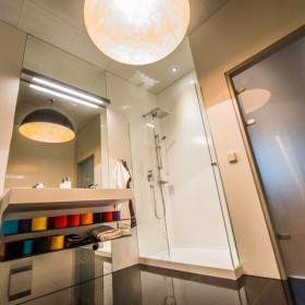 Ciekawe łazienki w stylu nowoczesnym - zdjęcia