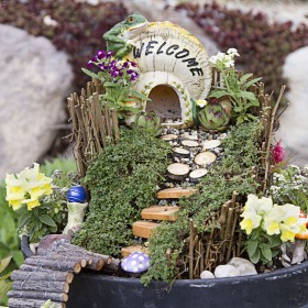 Baśniowy ogródek, czyli sposób na rozbitą doniczkę