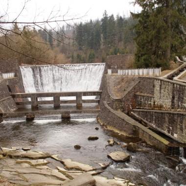 Sztuczny wodospad na Wisełce w Wiśle Czarne...cudne miejsce. Trzeba koniecznie wrócić tam latem