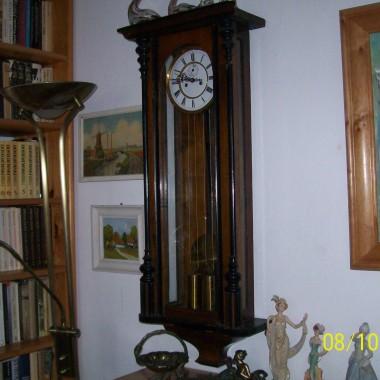 Uwielbiam ten XIX-wieczny zegar :)