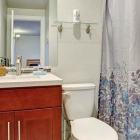 Okiem eksperta: Czy mała łazienka może być wygodna?