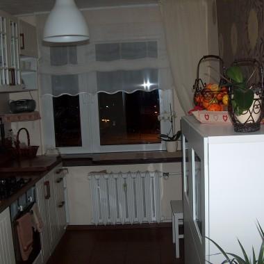 Kuchnie, prawie gotowa...
