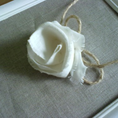 lniany obrazek z różą... pierwszy, moze bedzie wiecej:)