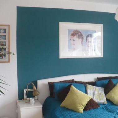 sypialniana ściana