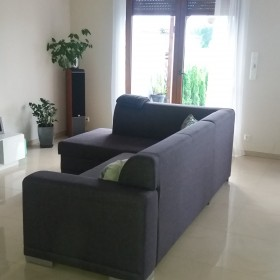 Salon jaki dywan i stolik