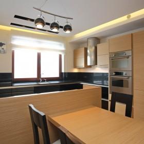 Kuchnia z dodatkiem czarnego :)