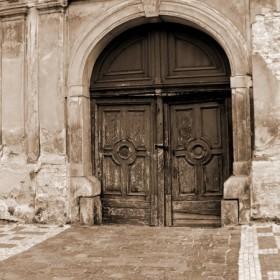 magia drzwi