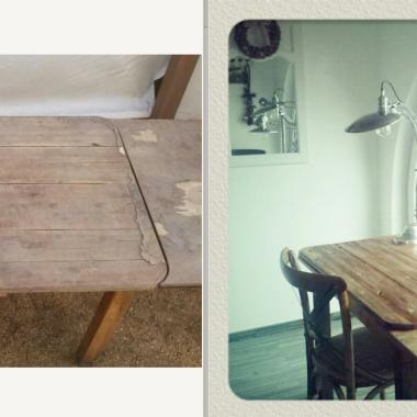 Stary stół w biurowym wnętrzu.