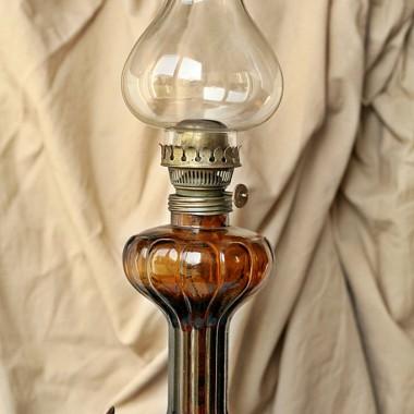 stara oliwna lampka