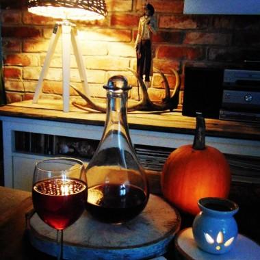Dom jesiennie .