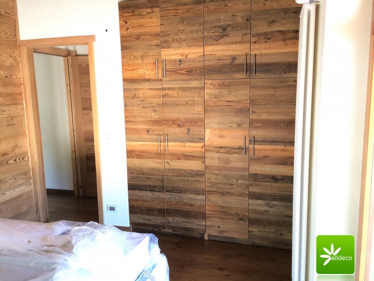Garderoba, Szafy, szafki, zabudowy kuchenne ze starego drewna.