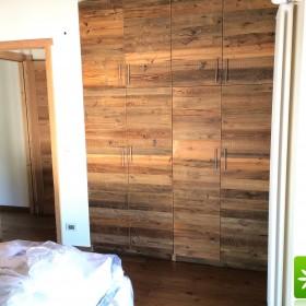 Szafy, szafki, zabudowy kuchenne ze starego drewna.