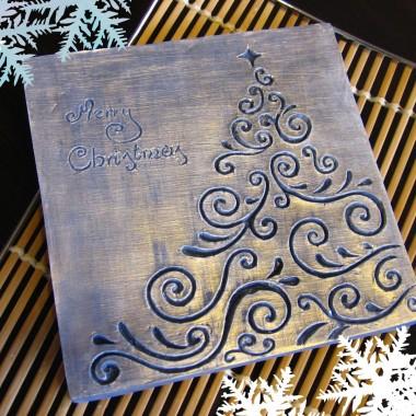 """płaskorzeźba """"Choinka świąteczna"""" w  wersji błękitno-świątecznej"""
