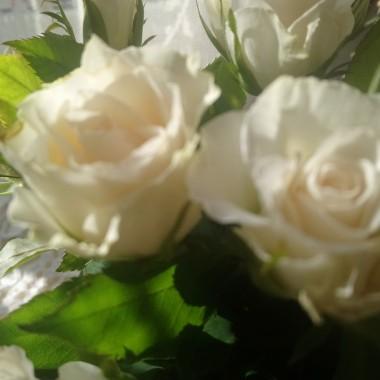 .................i róże....................