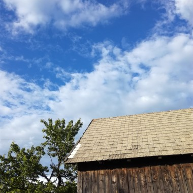 W stodole!