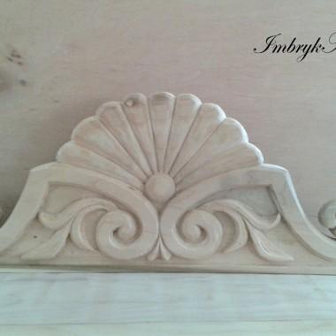 Ornamenty drewniane.