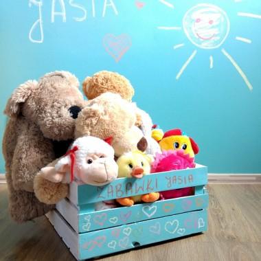 Zabawki też się cieszą, że mają swoje miejsce&#x3B;)
