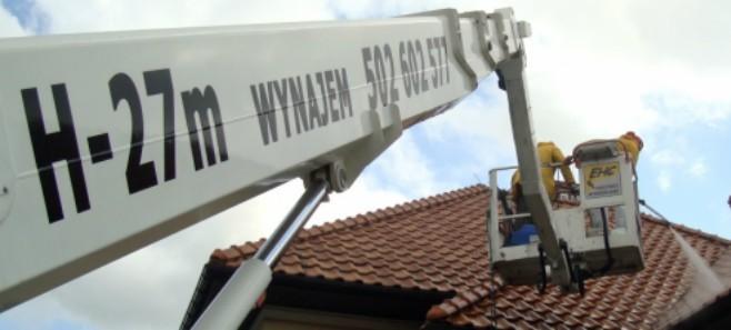 Dlaczego warto czyścić dach?