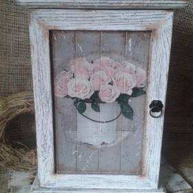 """Szafka na klucze""""Róże"""""""