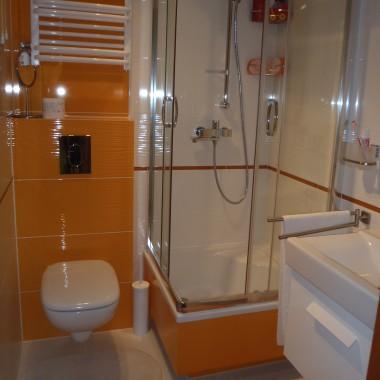 łazienka z ubikacją w gierkowskim bloku