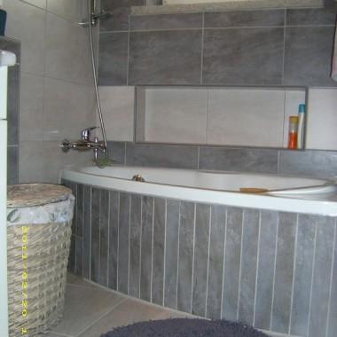Korytarz i łazienka