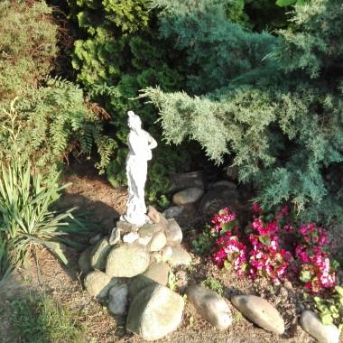 Dziewczyny,życzę Wam wspaniałego,ciepłego,słonecznego lata :)A póki co, zapraszam na wieczór do mojego ogrodu:)