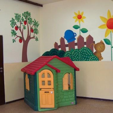 """Malarstwo ścienne dla dzieci """"Kto mieszka na farmie?"""""""